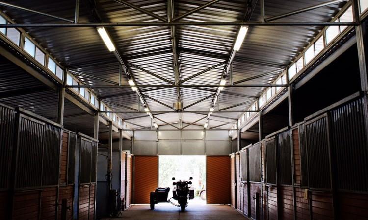stalls_pastures